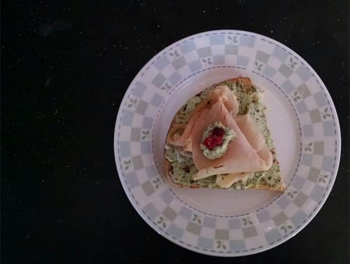 Pesto spread